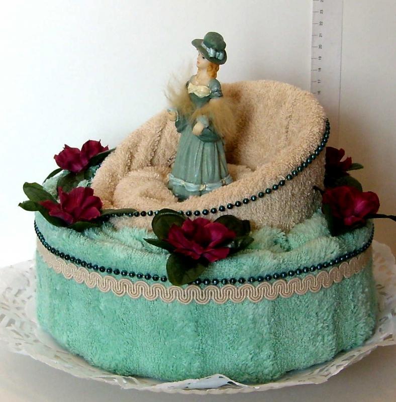 Торт из полотенец своими руками пошаговое для начинающих